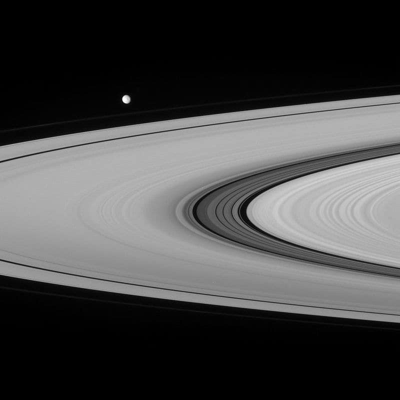 An image of the cassini division